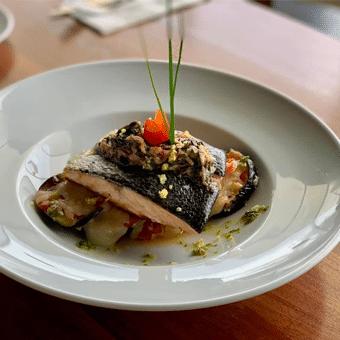 Nüba Restaurante Reservandonos 1