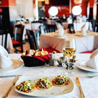 canarios-veracruz-restaurante-reservandonos