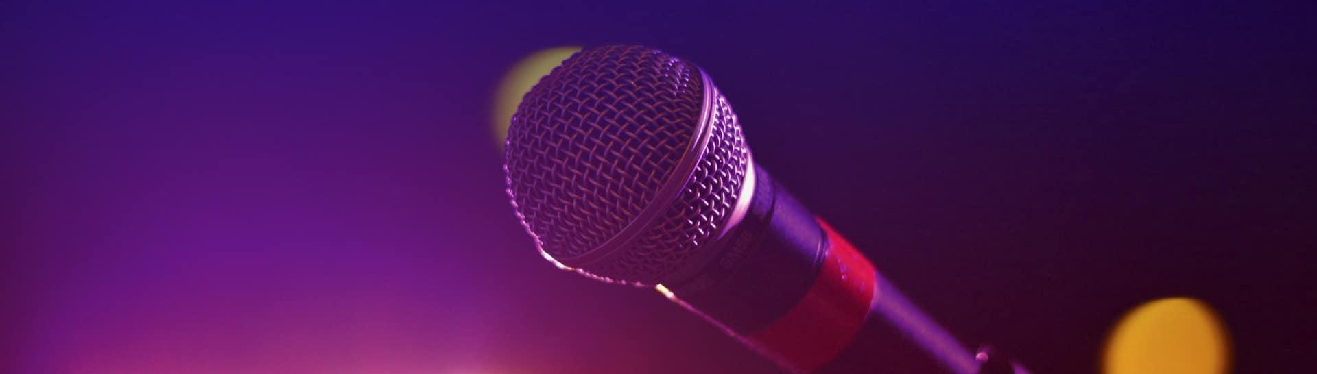 bares musica vivo reservandonos microfono