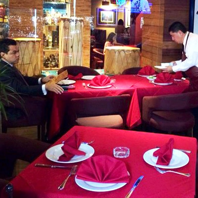 Angus Revolución Restaurante Reservaciones