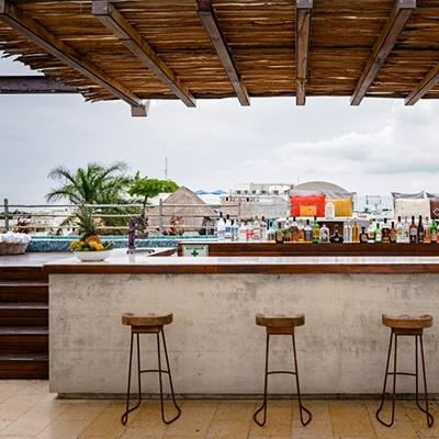 Cinco Playa del Carmen Bar reservandonos App Reservas