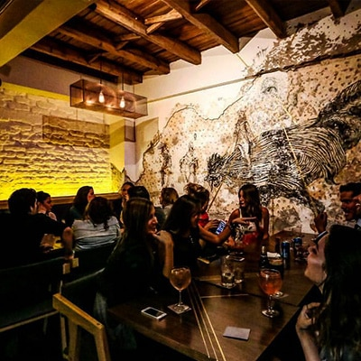 Lázaro Bar CDMX reservandonos App Reservas