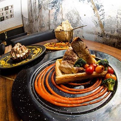 Lázaro Bar Roma CDMX Restaurante reservandonos App