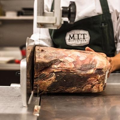 MIT Steak Bar Restaurante CDMX reservandonos