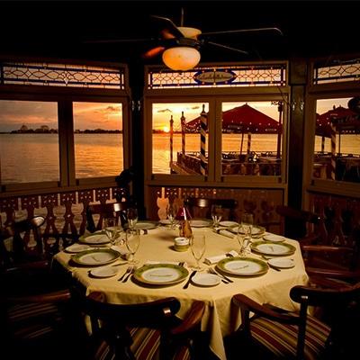 Trattoria Limoncello Cancún Restaurante Italiano reservandonos App