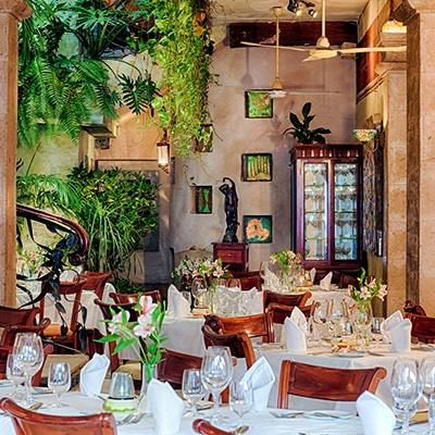 Trio Puerto Vallarta Restaurante Reservaciones reservandonos App