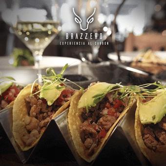 tacos en el restaurante brazzero insurgentes
